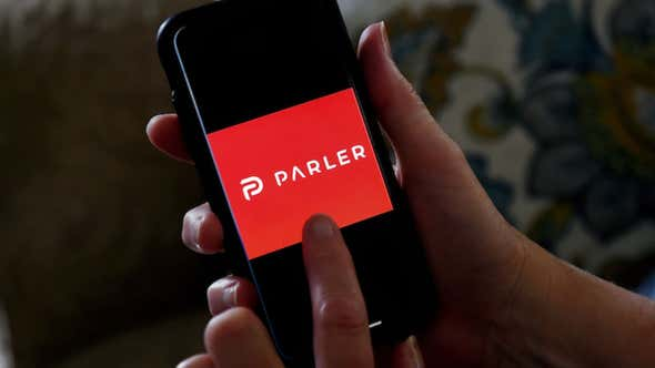 'Unbiased' Social Media Platform Parler Is Unsurprisingly Found to Be Backed by Conservative Megadonor