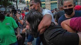 Marco Rubio pide a Biden convocar a ONU y OEA ante brutal represión contra cubanos