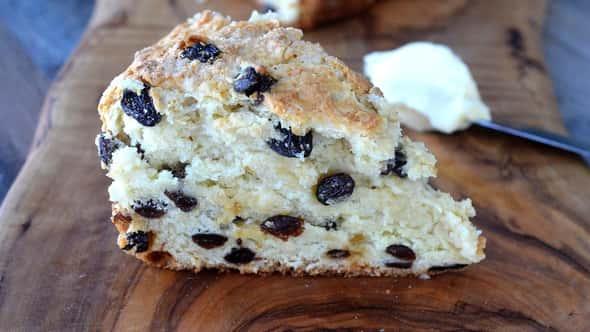This No-Yeast Irish Soda Quick Bread Adaptation Is Breaking TikTok