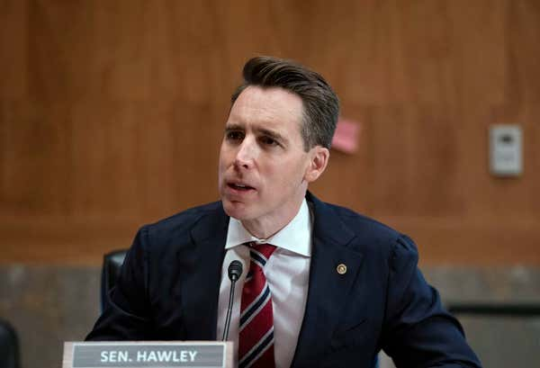 Senate Republicans pressure divided Democrats with antisemitism resolution