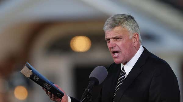 Franklin Graham: Americans should 'prayerfully' consider getting the COVID-19 vaccine