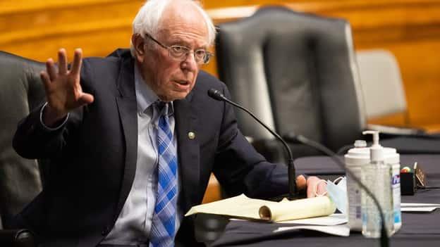 Ông Chủ tịch: Bernie Sanders đang gọi những cú sút từ vai trò mới của mình trong Quốc hội như thế nào