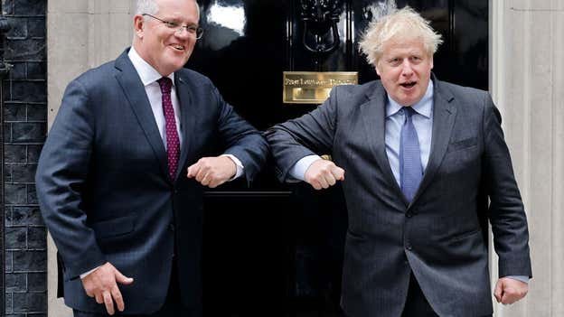 Brexit news - live: Australia trade deal of 'minimal benefit to UK' as Johnson agrees to meet angry Hoyle