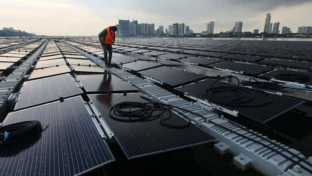 Singapore builds huge floating solar farm out at sea in bid to tackle climate crisis