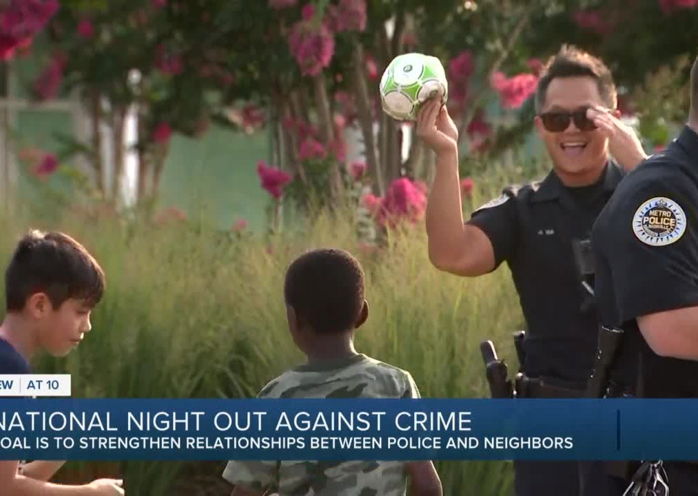 Metro Police take part in National Night Out