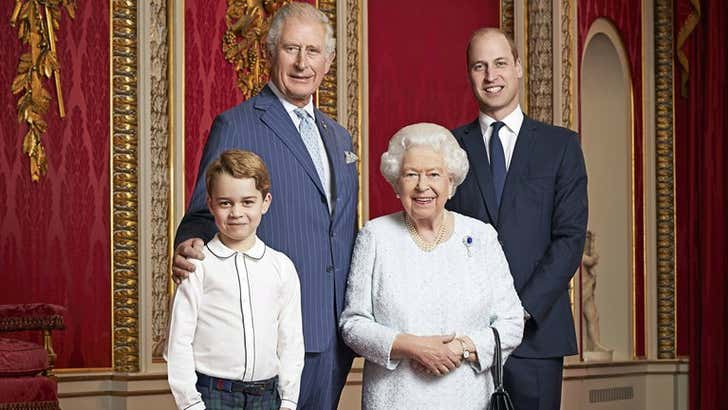 Príncipes Charles y William decidirán el futuro de toda la familia real