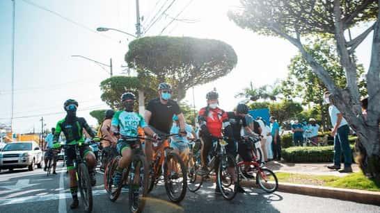 Bloomberg resalta proyecto de ciclo vías de la Alcaldía del Distrito Nacional