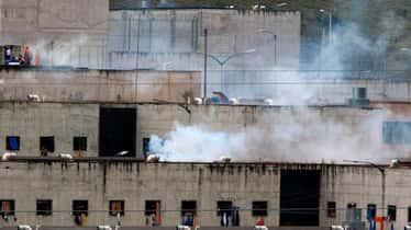 Al menos 24 muertos y 49 heridos tras un motín en una cárcel de Ecuador
