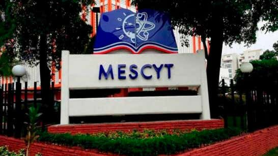 El Mescyt afirma que no degradó empleados de la carrera administrativa