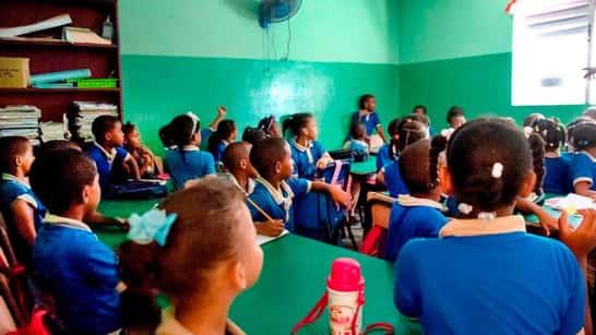Año escolar 2021-2022 comienza el 20 de septiembre