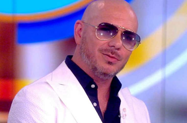Pitbull será el artista invitado al Miss Universo 2020 🎶👑