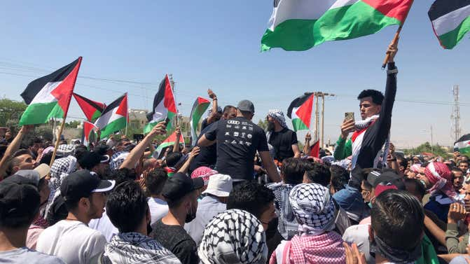 Rockets launched from Syria amid Palestinian solidarity riots on borders