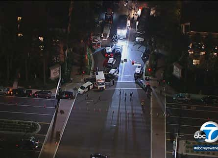Irvine police take armed suspects into custody after car chase, hostage situation at apartment