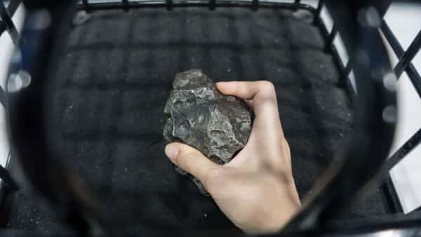 Canadian Woman Woken By Meteorite Crash Landing In Her Bedroom - IFLScience