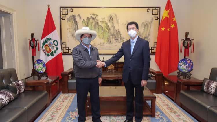 Pedro Castillo pacta cooperación con China sin conocerse resultado electoral
